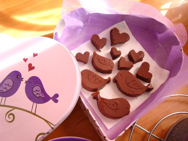Молочный шоколад: состав, калорийность, марки. 6 рецептов, как сделать молочный шоколад в домашних условиях