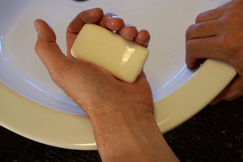 Антибактериальное мыло — жидкое и твердое: польза или вред, состав, эффекты применения