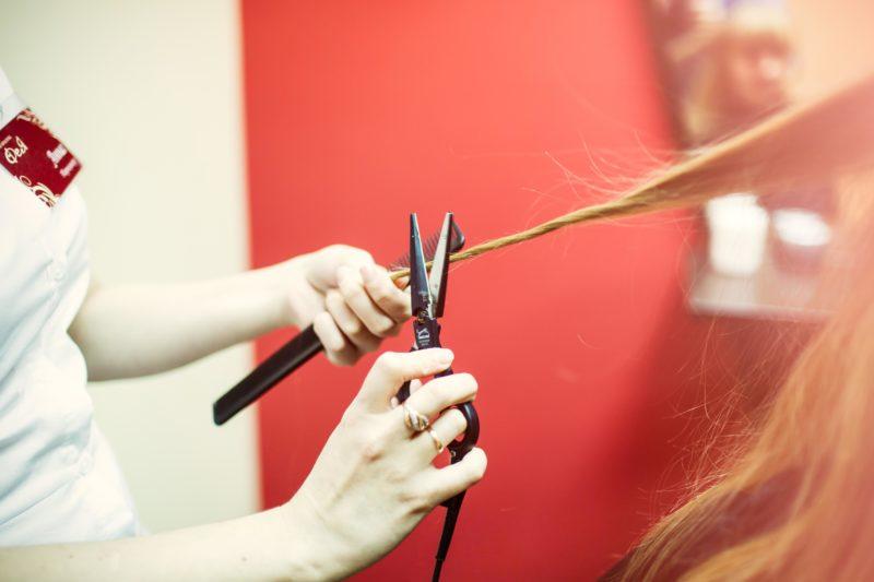 Стрижка горячими ножницами: плюсы и минусы, чем отличается от обычной, уход за волосами после процедуры