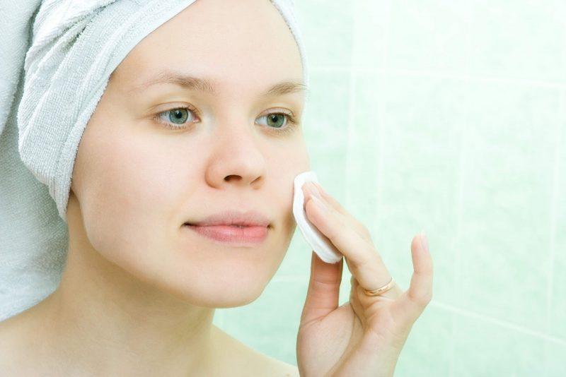 Как избавиться от черных точек на носу и лице в домашних условиях