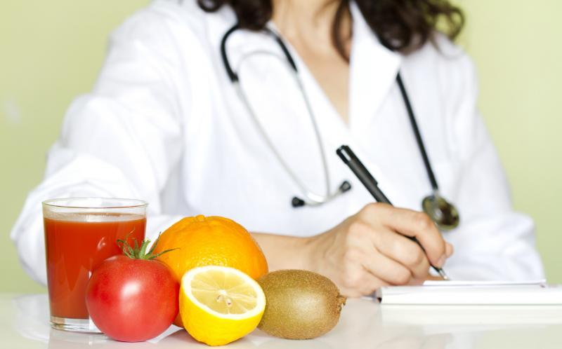 Диета после удаления аппендицита у взрослых и детей: меню по дням, основные правила питания после операции