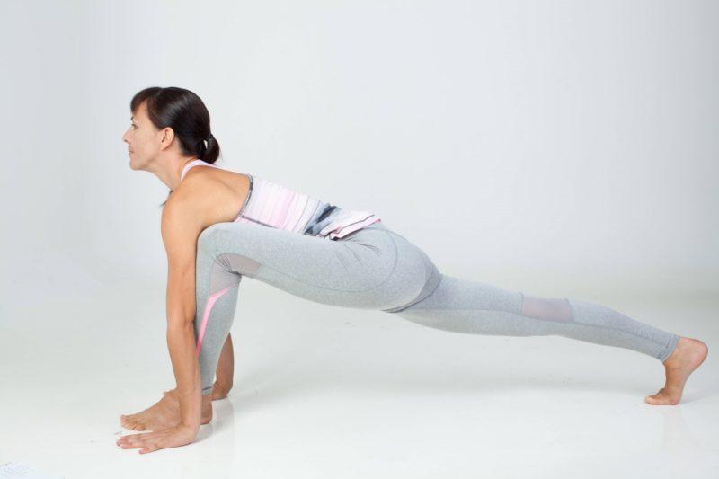 Растяжка для шпагата: комплекс упражнений для растяжки на поперечный и продольный шпагат для начинающих