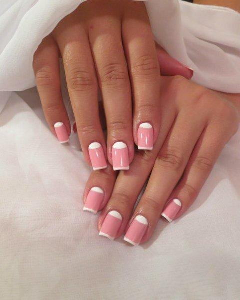 Розовый френч: идеи актуального дизайна ногтей, новинки 2019, фото