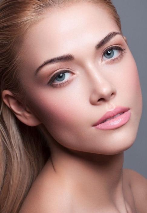 Естественный макияж на каждый день: как сделать в домашних условиях, секреты натурального мейкапа для брюнеток и блондинок