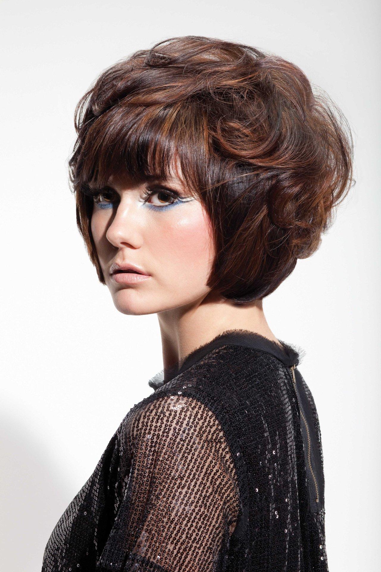 Стрижка Гаврош — 10 вариантов на средние, короткие и длинные волосы