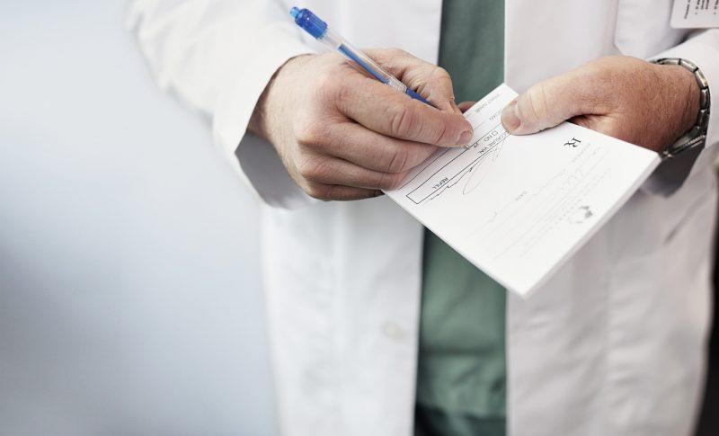 Таблетки Омепразол: инструкция по применению, от чего помогают, состав, аналоги противоязвенного препарата