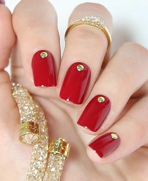 Красный дизайн ногтей — 5 красивых и модных вариантов с фото