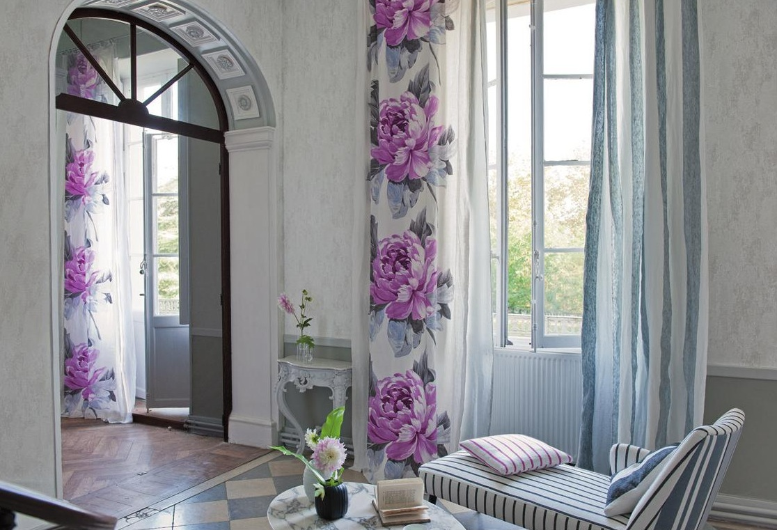 spring-flower-wall-curtains
