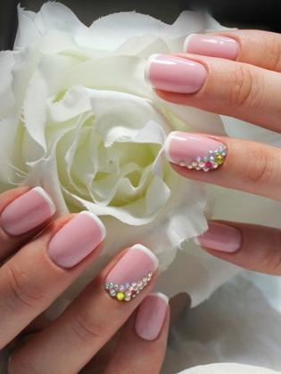 Нежный френч 💅: красивый дизайн ногтей, модные тенденции 2019