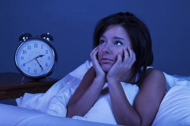 Бессонница — что делать? Причины и лечение