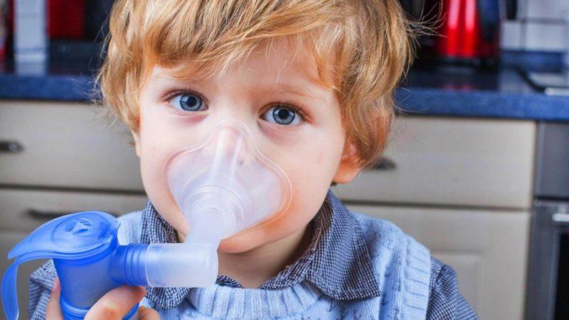 Кашель у ребенка − чем лечить и как быстро вылечить: эффективные средства