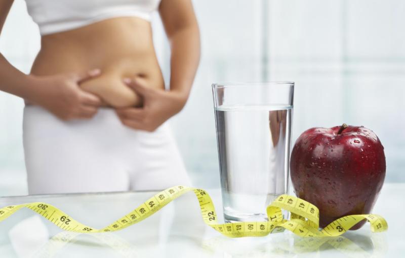 Как убрать живот за короткий срок: особенности диеты, 10 эффективных упражнений и ещё 3 простых и действенных способа
