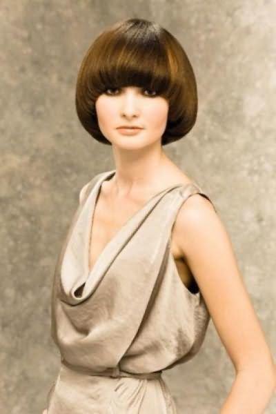 Стрижки для круглого лица, короткие и средние женские стрижки не требующие укладки