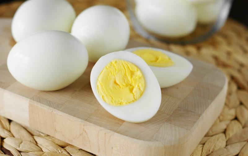 Сколько калорий в вареном яйце, пищевая ценность, БЖУ, польза и вред продукта