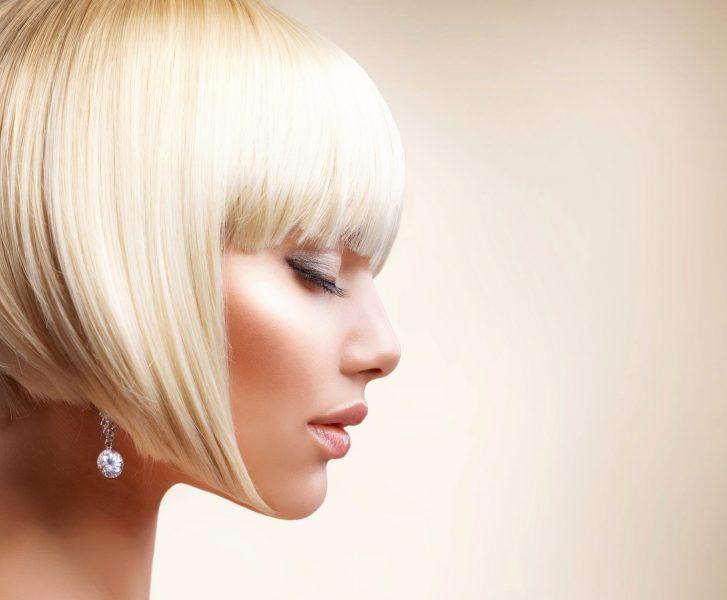 Стрижка боб на средние волосы с челкой и без