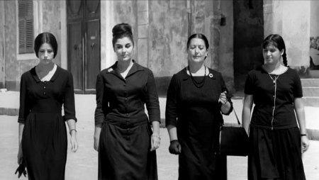 Цвет «сицилийской вдовы», или итальянки носят чёрное