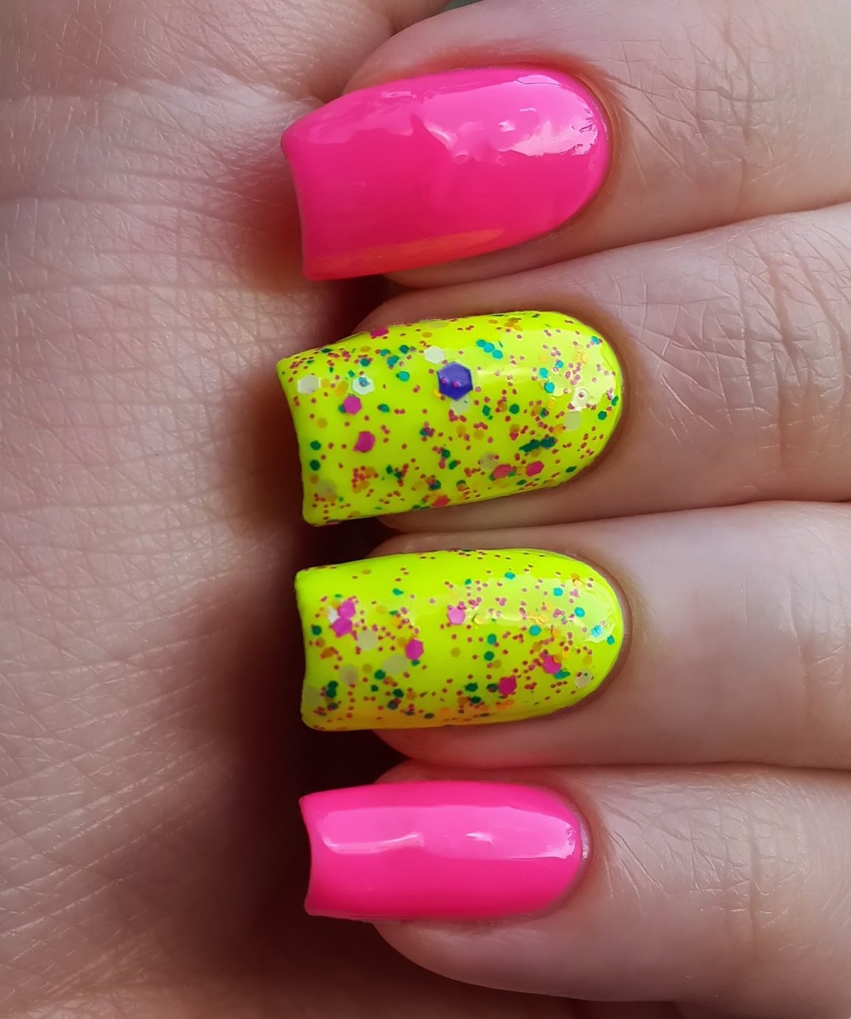 картинки яркий лак для ногтей стеклоочиститель