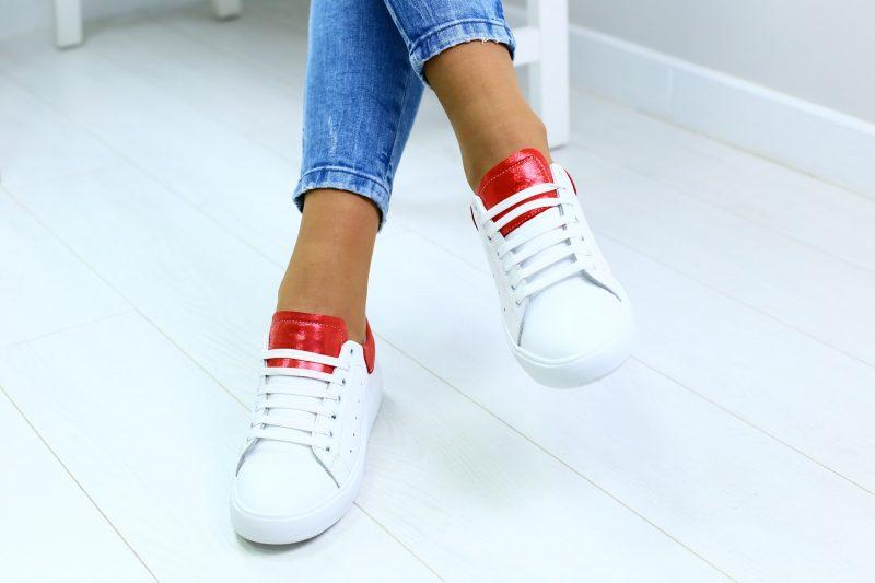Как красиво зашнуровать кроссовки: 13 крутых способов завязать шнурки интересно и оригинально