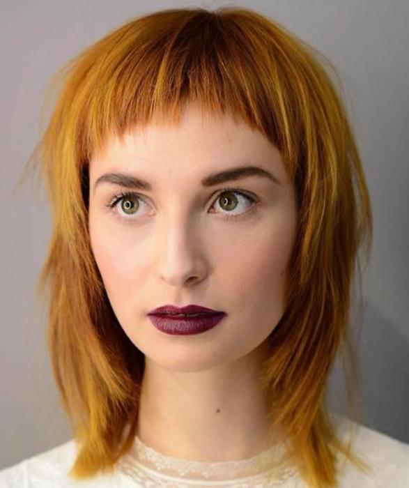 Короткая челка с длинными и средними волосами 💇 – 4 варианта причесок и стрижек, как ее уложить, кому идет, фото