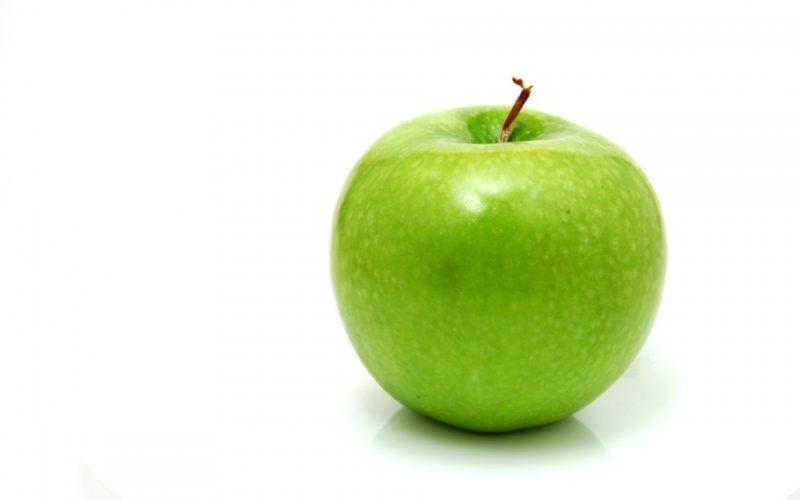 Сколько калорий в яблоке, пищевая ценность, польза фрукта для организма