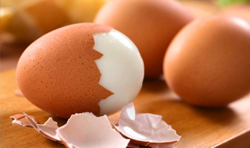 Сколько калорий в яйце, белки, жиры и углеводы, польза и вред для организма