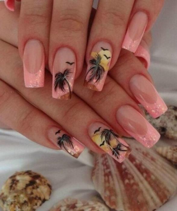 Цветной френч на ногтях 💅 − 10 идеи красивого маникюра с фото