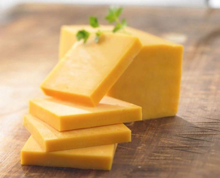 Сыр Чеддер (Cheddar): вкусовые характеристики, состав, калорийность, чем можно заменить