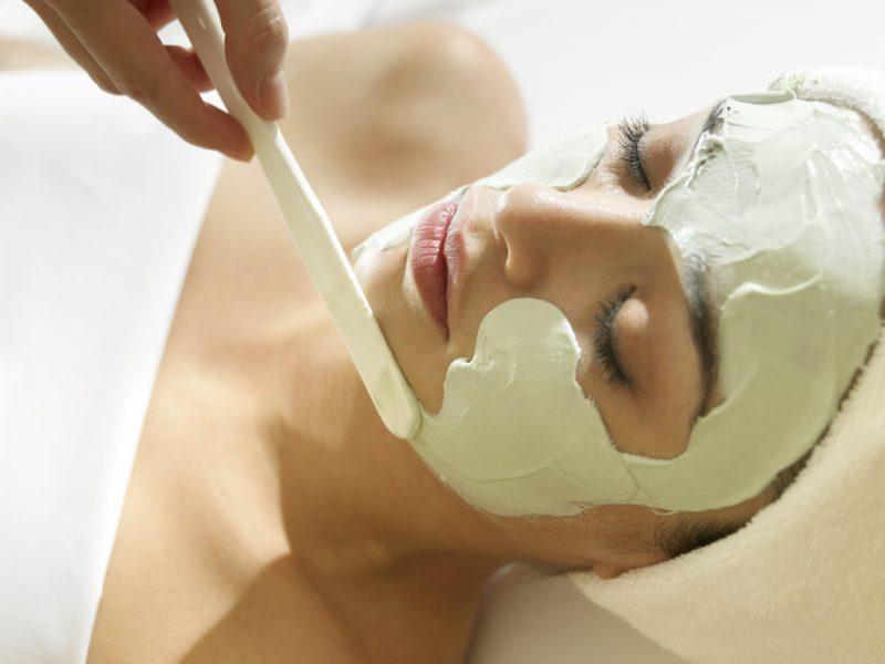 Альгинатная маска для лица: что это такое и как делать в домашних условиях?