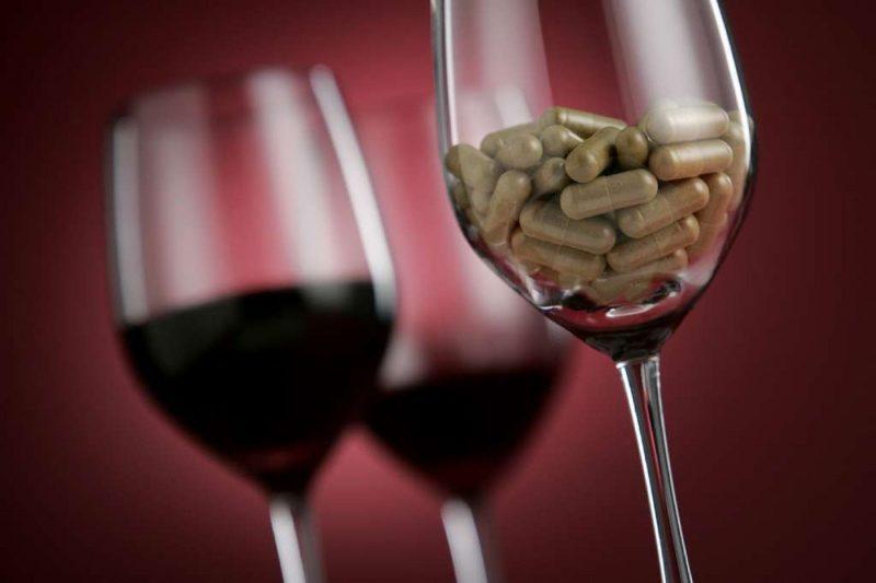 Дюфастон и алкоголь: совместимость, можно ли пить спиртное при приеме гормонального препарата